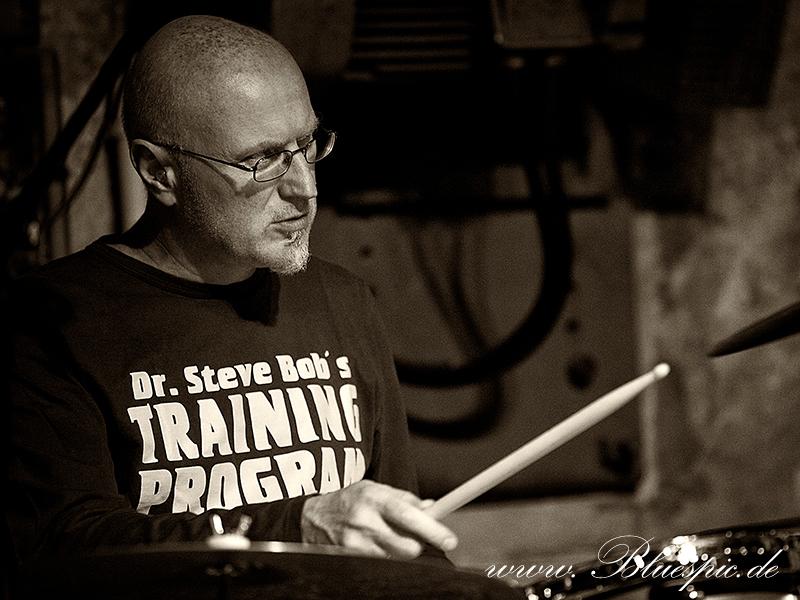 Bernd Oppel, Schlagzeuger von Get the Cat